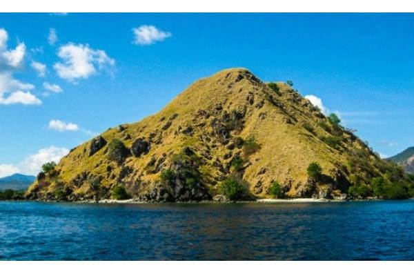 Labuan Bajo, Flores - indonesia.travel