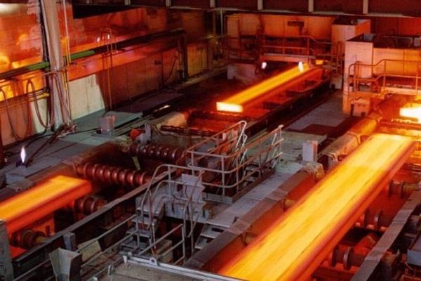 PT Tsingshan Steel Indonesia menggunakan proses peleburan blast furnace.  - imip.co.id