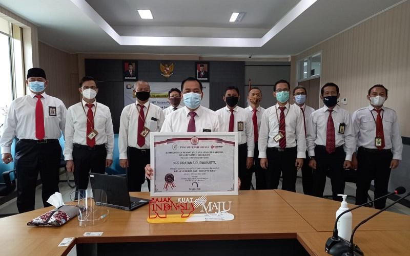 KPP Pratama Purwakarta sukses menyabet predikat Wilayah Bebas Korupsi