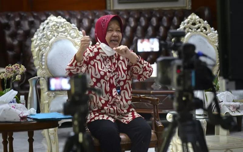 Presiden Joko Widodo dan Wakil Presiden Ma'ruf Amin menunjuk Tri Rismaharini sebagai Menteri Sosial, Selasa (22/12/2020).  - ANTARA