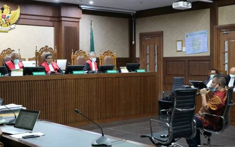 rnPengusaha Tommy Sumardi menjadi saksi untuk bekas Kepala Biro Koordinasi dan Pengawasan (Kakorwas) Penyidik Pegawai Negeri Sipil (PPNS) Bareskrim Polri Brigjen Prasetijo Utomo di pengadilan Tindak Pidana Korupsi (Tipikor) Jakarta, Senin (7/12/2020). - Antara\r\n