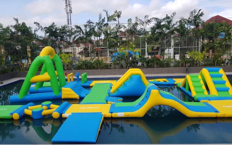 Wahana Aquaparc di Eastparc Hotel Yogyakarta - Dokumen Eastparc Hotel
