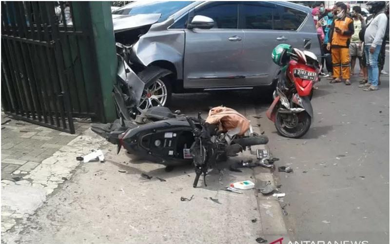 Lokasi kecelakaan maut Pasar Minggu - Antara