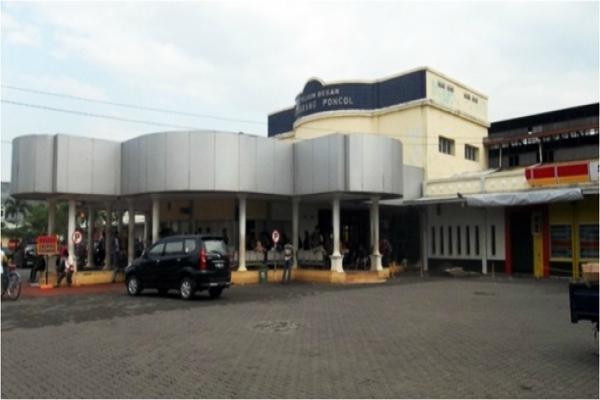 Stasiun Kereta Api Poncol, Semarang, Jateng. - heritage.kereta/api.co.id