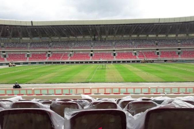 Stadion Papua Bangkit atau Stadion Lukas Enembe di Sentani Timur, Kabupaten Jayapura, yang akan digunakan untuk PON XX Papua. - Antara