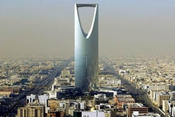 Kingdom Tower di Riyadh - Reuters