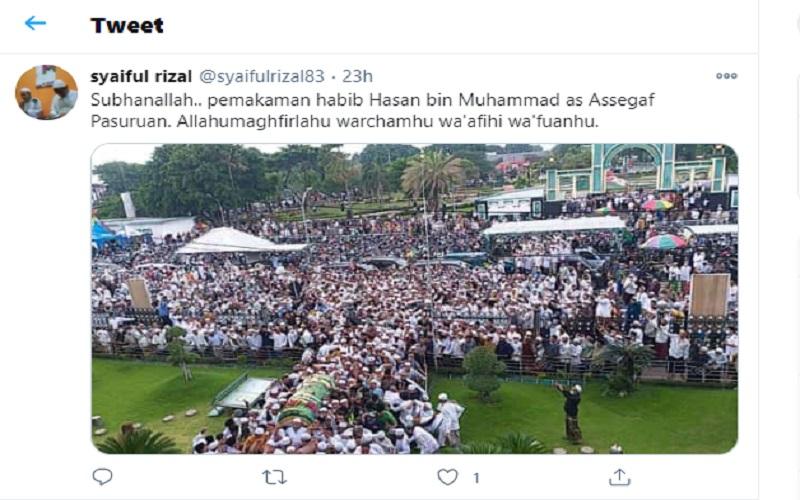 Ribuan warga memadati pemakaman Habib Hasan Assegaf di Pasuruan, Jawa Timur  -  Sumber: Twitter