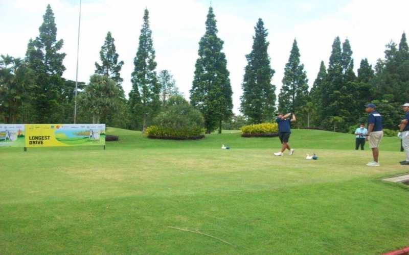 Ikatan Alumni Fakultas Ekonomi dan Bisnis Universitas Indonesia Golf Club turnamen amal bertajuk IFGC Year-End Golf Tournament -- Covid 19 Charity 2020. - Istimewa