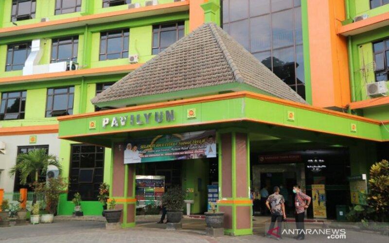 Dokumentasi - Paviliun Graha Puspa Husada Rumah Sakit Umum Daerah (RSDU) dr Saiful Anwar Malang, yang dipergunakan sebagai pusat penanganan dan perawatan pasien positif Covid-19 (Incovid). - Antara/Vicki Febrianto