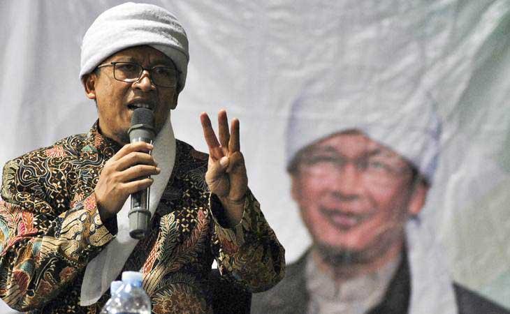 Pimpinan Pondok Pesantren Daarut Tauhid, Bandung KH Abdullah Gymnastiar atau Aa Gym - Antara