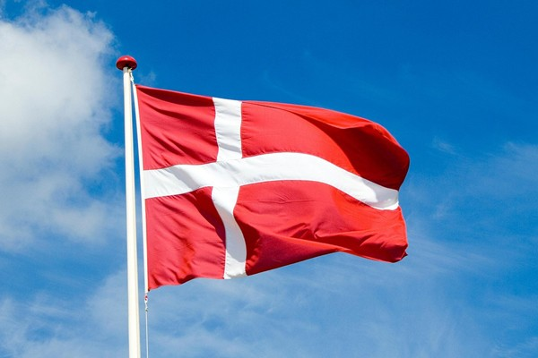 Bendera Denmark - pixabay