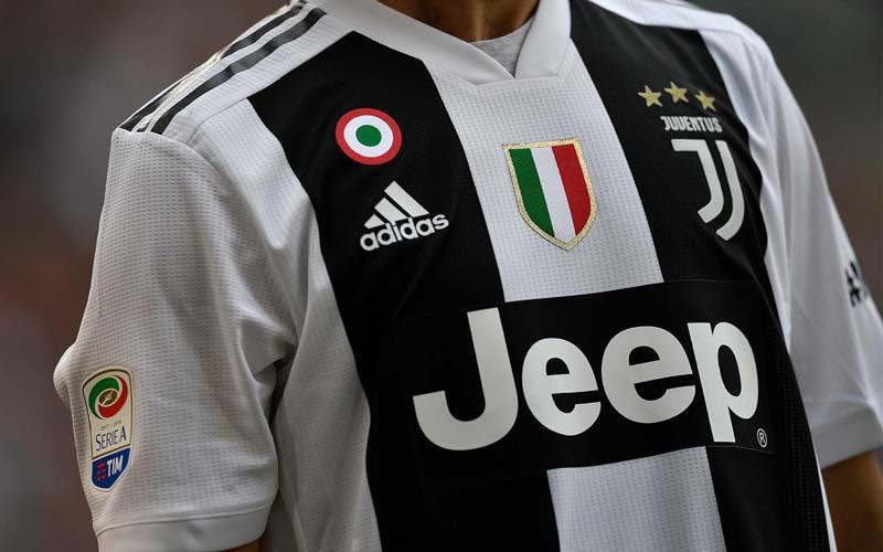 Logo Jeep di jersey Juventus. - Soccer Bible