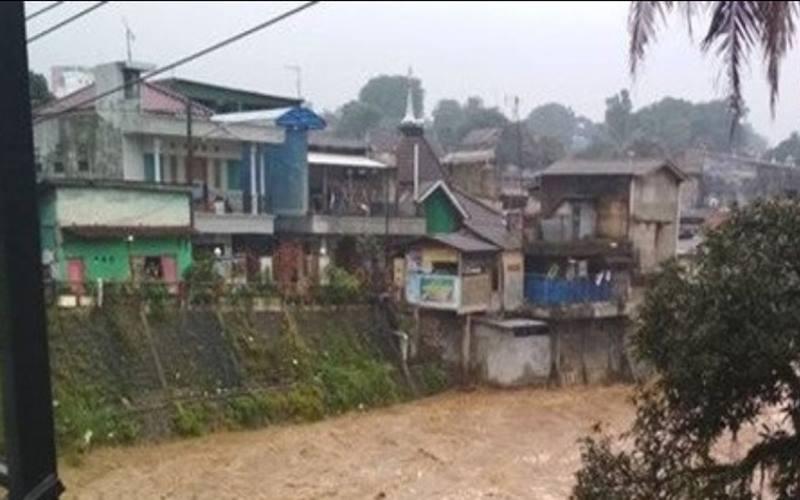 Perumahan di sekitar Kali Ciliwung Jakarta. - Istimewa
