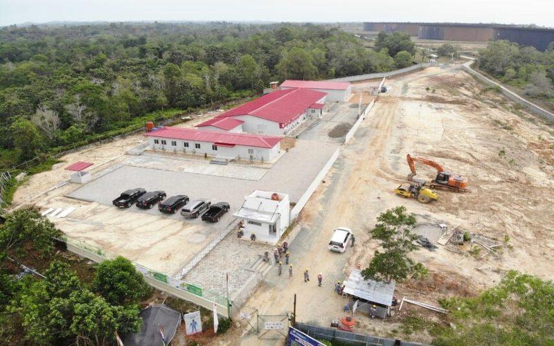 Proyek Lawe-lawe. Pengembangan fasilitas ini dilakukan seiring dengan meningkatnya kebutuhan minyak mentah di Indonesia, yang mendorong Pertamina meningkatkan kapasitas penyimpanan yang ada di RDMP RU V - Balikpapan. - Hutama Karya