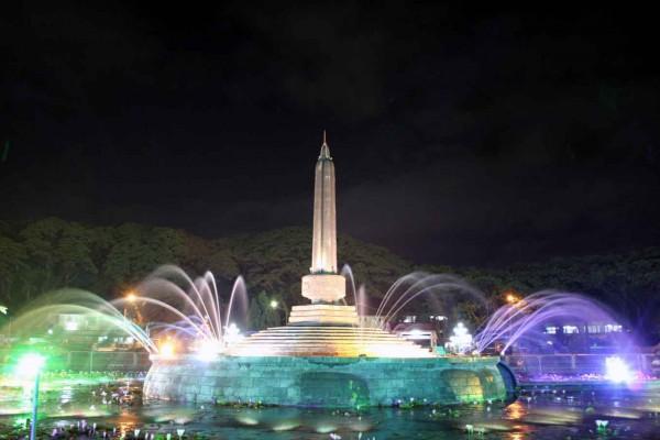 Tugu ikon Kota Malang.