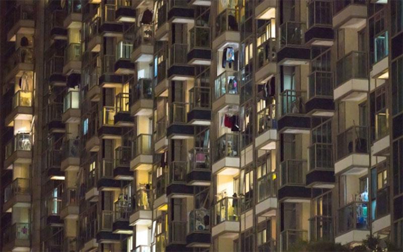 Residensial vertikal di Hong Kong.  -  Bloomberg