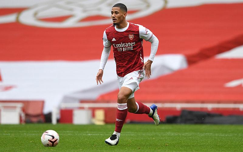 Bek Arsenal William Saliba - Just Arsenal