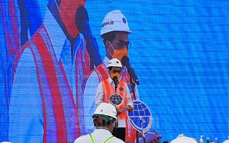 Menteri Perhubungan Budi Karya Sumadi saat memberikan sambutan dalam agenda uji coba bongkar muat di Pelabuhan Patimban, Kamis (3/12/2020).  -  Bisnis/Rinaldi M. Azka
