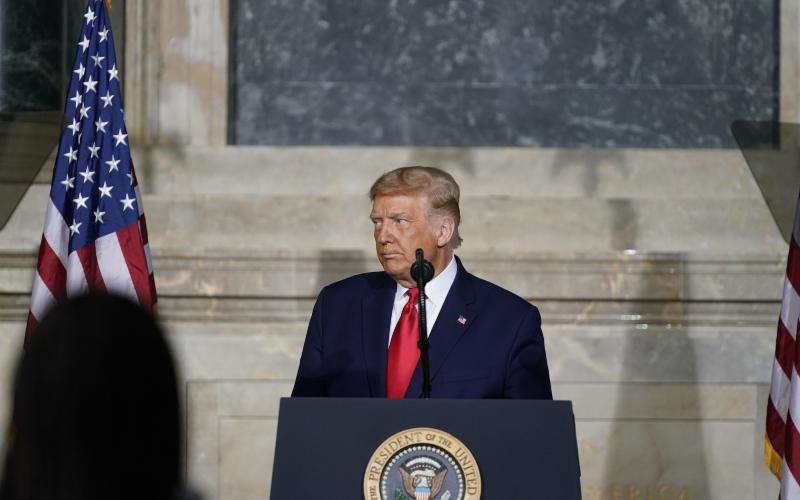 Presiden AS Donald Trump berbicara di Konferensi Gedung Putih tentang Sejarah AS di National Archives, Washington DC, AS, Kamis (17/9/2020). - Bloomberg/Alex Edelman