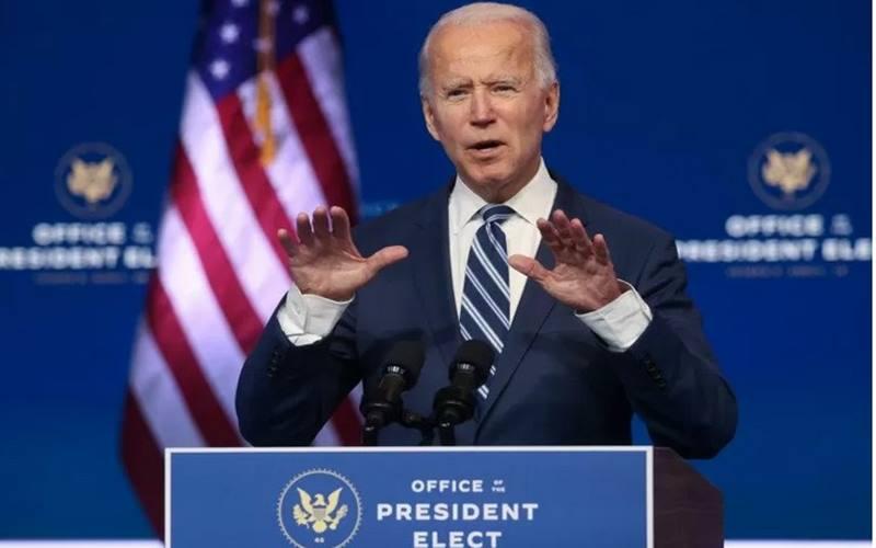 Presiden terpilih Amerika Serikat Joe Biden membahas UU Perlindungan kesehatan Affordable Care Act (Obamacare) dalam jumpa pers di Wilmington, Delaware, AS, 10 November 2020. - Antara/Reuters\r\n