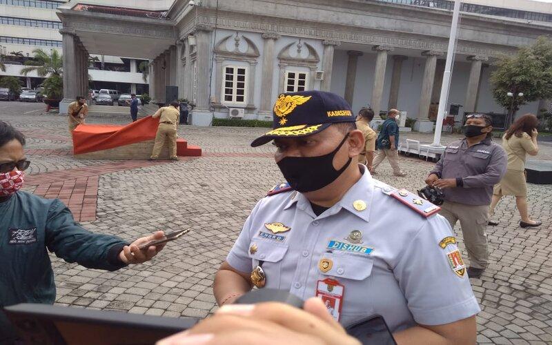 Kepala Dishub Kota Semarang, Endro Pudyo Martantono saat memberikan keterangan kepada wartawan. - Bisnis/Alif N.