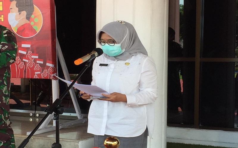 Kepala Dinas Kesehatan Kota Balikpapan Andi Sri Juliarty ketika menyampaikan perkembangan Covid-19 di Balikpapan, Senin (11/1/2021). - Bisnis/M. Mutawallie Sya'rawie