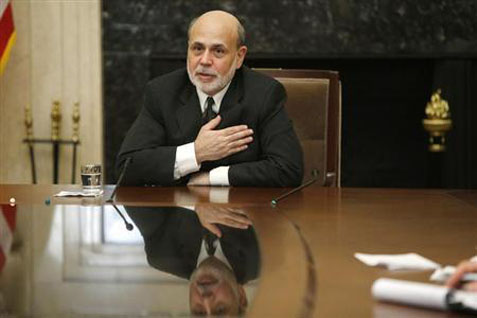 Mantan Gubernur The Fed Ben Bernanke - Reuters