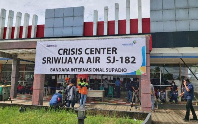 Posko Crisis Center Sriwijaya Air SJ182 di Bandara Supadio, Pontianak, Kalimantan barat./Antara - PT Angkasa Pura II