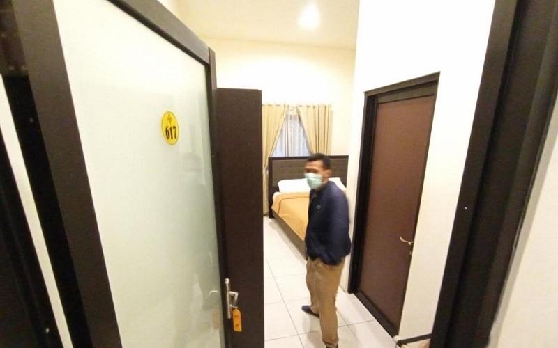 Hotel The Radiant di Jalan Cirebon-Kuningan, Desa Kondangsari, Kecamatan Beber, Kabupaten Cirebon. - Bisnis/Hakim Baihaqi