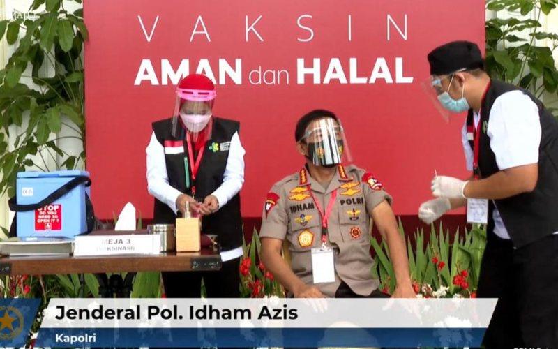 Kapolri Jendral Polisi Idham Azis disuntik vaksin Covid/19 di Istana Merdeka, Jakarta, Rabu, 13 Januari 2021 / Youtube Sekretariat Presiden