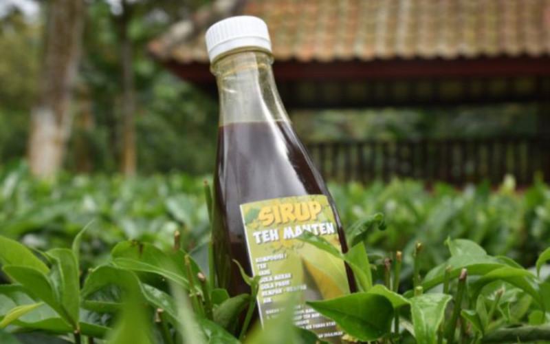 Teh manten benar-benar menjadi ciri khas minuman di Kecamatan Gucialit dan menjadi seduhan yang pas untuk para tamu di saat cuaca dingin.  - PTPN XII