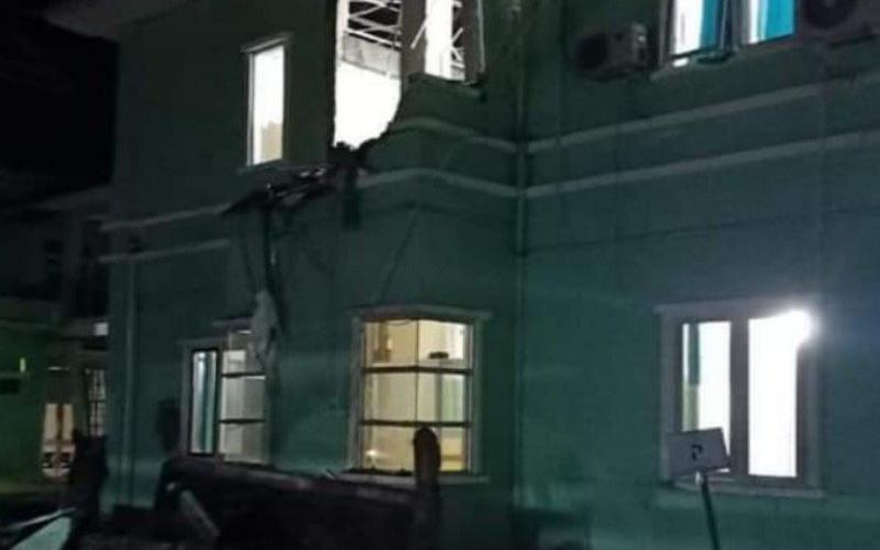 Gempa Bermagnitudo 6 2 Hancurkan Sejumlah Bangunan Di Mamuju Kabar24 Bisnis Com
