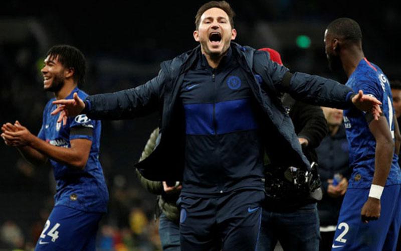 Pelatih Chelsea Frank Lampard/Reuters - John Sibley