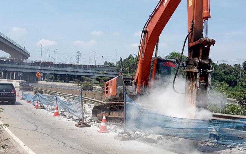 Proses pemeliharaan jalan tol Jagorawi - Jasa Marga