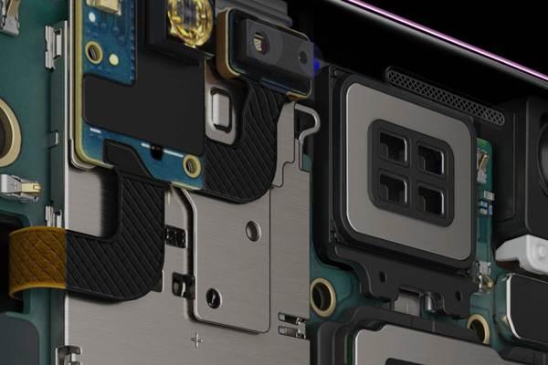 Komponen di dalam Samsung Galaxy S9. Pemerintah Indonesia melalui Kementerian Keuangan kembali memberikan insentif fiskal atas impor barang dan bahan untuk proses produksi barang jadi berupa fasilitas BM DTP.  - Samsung.com