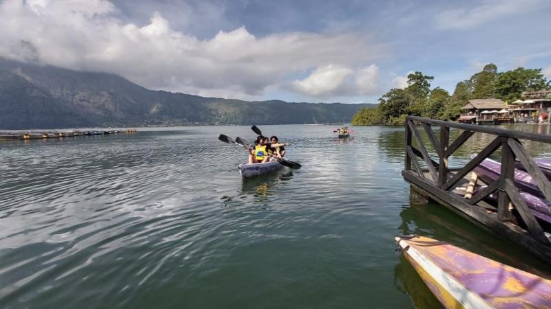 Berkano di Danau Batur bisa menjadi alternatif kegiatan wisata ketika berlibur di Bali. - Bisnis/Tim Jelajah Jawa/Bali 2019