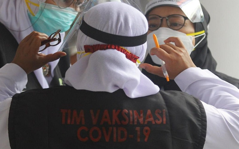 Tim Vaksinasi Covid-19. - Dok. Satgas Covid/19