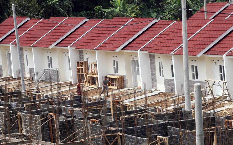 Pembangunan perumahan subsidi di Bogor, Jawa barat./Antara - Yulius Satria Wijaya