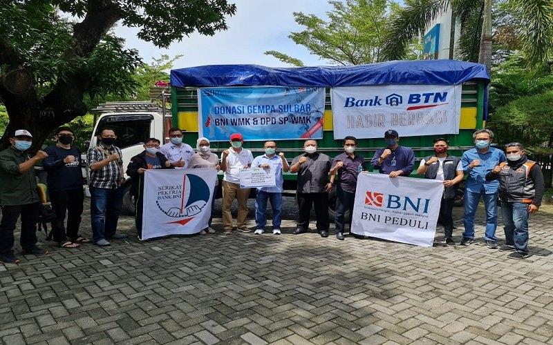 Bank BNI bersama BTN dan Jamkrindo menyalurkan bantuan untuk korban bencana alam gempa bumi Kabupaten Mamuju dan Kabupaten Majene Sulawesi Barat, Minggu (24/1/2020) - Istimewa