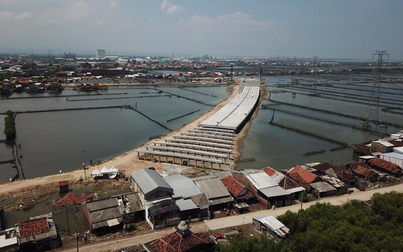 Pembangunan Jalan Tol Semarang-Demak seksi II di wilayah Sidogemah, Kecamatan Sayung, Kabupaten Demak, Selasa (26/1/2021). - Dok Pemprov Jateng