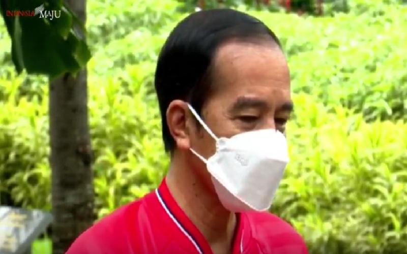 Presiden Joko Widodo bersiap disuntik vaksin CoronaVac kedua kalinya di Istana Negara, Rabu (27/1/2021). JIBI - Bisnis/Nancy Junita
