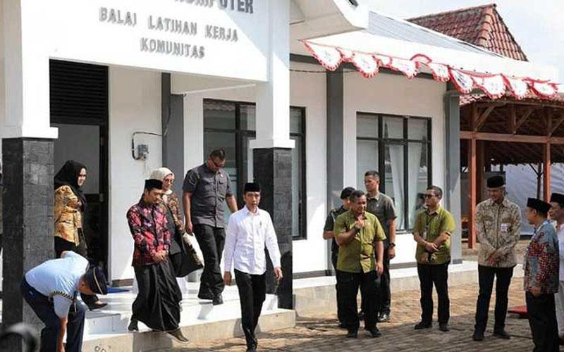 Presiden Joko Widodo meresmikan salah satu Balai Latihan Kerja (BLK) Komunitas pada 2019./Istimewa - Kementerian Ketenagakerjaan