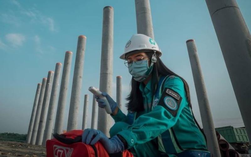 Ilustrasi: Aktivitas konstruksi di proyek jalan tol Semarang-Demak, proyek jalan tol yang sebagian besar sahamnya dimiliki oleh PT PP (Persero) Tbk. - Instagram @tol_semarang_demak