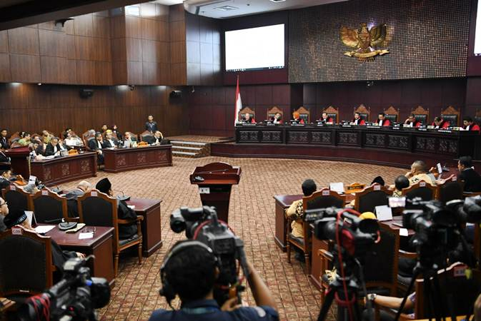 Suasana sidang putusan Perselisihan Hasil Pemilihan Umum (PHPU) Presiden dan Wakil Presiden 2019 di Gedung Mahkamah Konstitusi, Jakarta, Kamis (27/6/2019). - ANTARA/Hafidz Mubarak