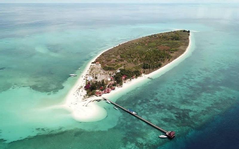 Pulau Takabonerate / Instagram