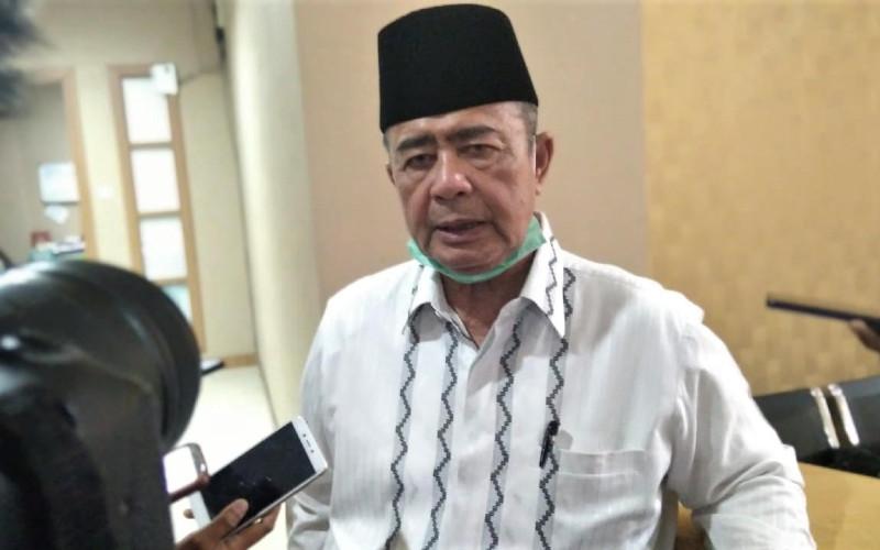 Wakil Gubernur Sumbar Nasrul Abit saat diwawancarai awak media di Padang, Jumat (29/1/2021).  - Bisnis/Noli Hendra