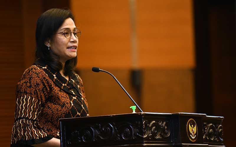 Menteri Keuangan Sri Mulyani memberikan sambutan saat peluncuran progam penjaminan pemerintah kepada padat karya dalam rangka percepatan pemulihan ekonomi nasional di Jakarta, Rabu (29/7 - 2020). Bisnis
