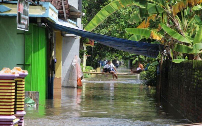 Kondisi perkampungan Dukuh Mawen, Desa Pesu, Wedi, Klaten, masih kebanjiran hingga Jumat (5/2/2021) sekitar pukul 10.00 WIB. - JIBI/Taufiq Sidik Prakoso