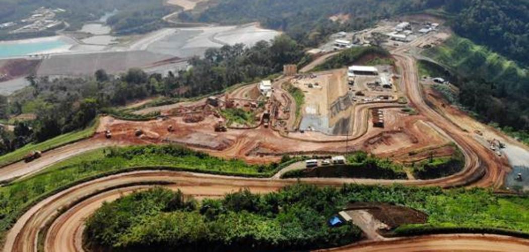Suasana di area pertambangan konsesi Tambang Tumpang Pitu (Tujuh Bukit) milk PT Bumi Suksesindo (BSI), anak usaha PT Merdeka Copper Gold Tbk, di Banyuwangi, Jawa Timur, Senin (23/7/2018). - JIBI/Abdullah Azzam