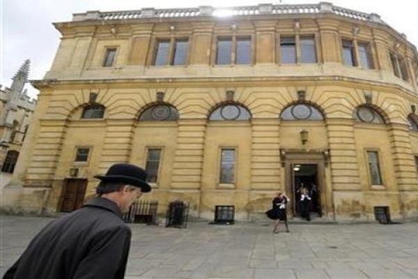 Ilustrasi - Universitas Oxford - Reuters